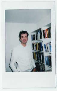 Roy op het Veld (Tegelen, 1970) is hoofdredacteur van Dagblad De Limburger en het Limburgs Dagblad. Eerder werkte hij voor het Financieele Dagblad. Hij woont in Maastricht, is getrouwd en heeft twee kinderen.