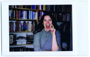 Alma Mathijsen (Amsterdam, 1984) begon op haar achttiende met schrijven voor jongerenwebsite Spunk. Ze studeerde aan de Gerrit Rietveld Academie en publiceerde een verhalenbundel en twee romans. Dit voorjaar komt haar nieuwe roman Vergeet de meisjes uit.